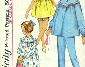 Simplicity 5552 BABY DOLL PJs Nightgown Size 12 VINTAGE 1960s  ©1964