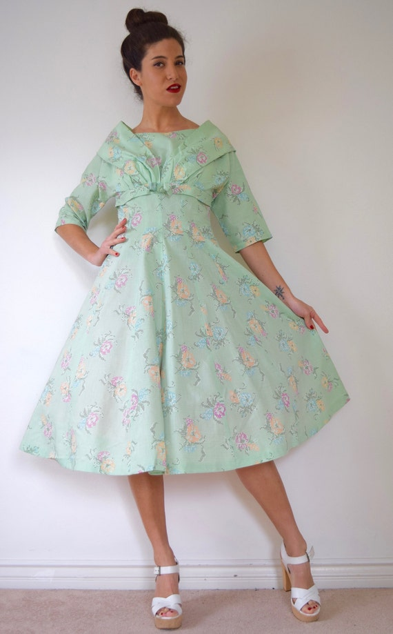 SUMMER SALE / 20% off Vintage 50s Mint Green Cross Stitch Floral Print New Look Dress (size medium, large)