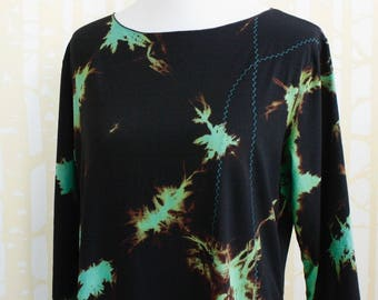NEW COLORWAY Beeline Tunic, choose your size, in black lightning stretch rayon with electric turquoise decorative stitch