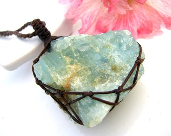 Aquamarine necklace,  Raw Aquamarine necklace , Aquamarine jewelry,  March birthstone,  Healing crystals and stones, raw uncut Aquamarine