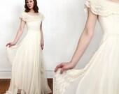 SALE 1940s Wedding Gown