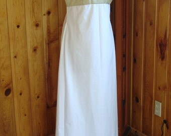 Simple and elegant Regency gown---Size 6