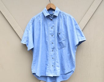 80s vintage LizWear Pintuck Short Sleeve Blue Cotton Blouse / Made in U.S.A.