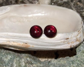 Red Garnet 5.5mm Round Stud Post Earrings Earings Titanium Ear Post and Clutch Hypo Allergenic January Birthstone