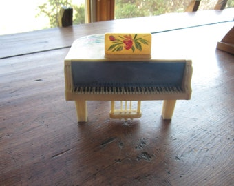Dollhouse decor. Cream Colored Grand Piano, Hand painted Flowers. #294