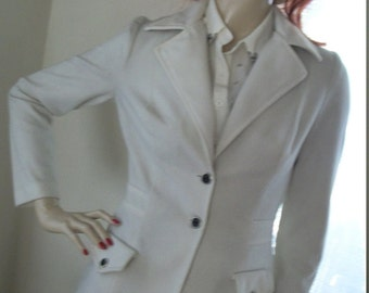 Vintage 1970s Pale Off White Knit Sport Fitted Jacket Military Size S/M Very Attractive