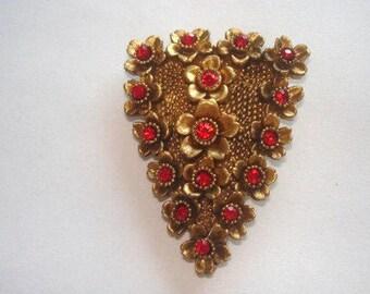 Fur Clip  Red  Rhinestone  Gold Tone