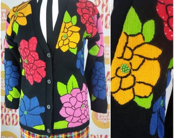 FLOWER POWER REALNESS, Vintage 90s Pop Art Floral Cardigan with Beading!