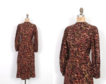 Vintage 1930s Dress / 30s Squiggle Print Rayon Dress / Brown ( S M )