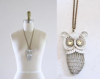 S A L E 1970's owl necklace