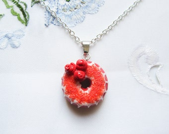 Red Velvet Donut Necklace / Doughnut Necklace, Kawaii Necklace, Food Necklace, Food Jewelry, Polymer Clay, Cute Necklace, Sweet Lolita