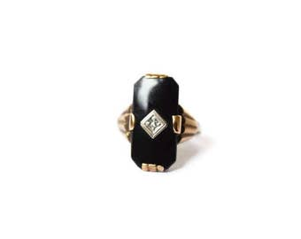 Antique Art Deco 10k Gold Onyx Ring With Diamond c.1920s