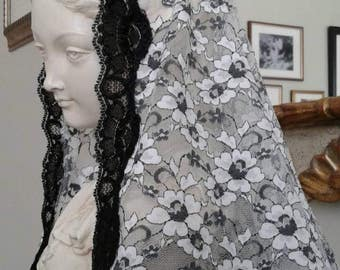 Black and White Mantilla in Honour of Saint Kennera, Easter, Spring Veil
