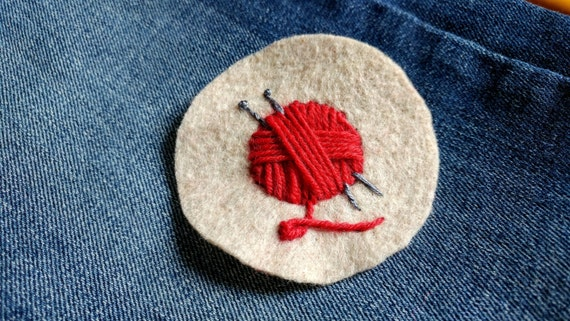 Knitting patch // red yarn ball // hand-embroidered