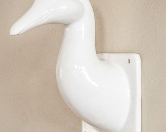 Towel Apron Wall Hanger Creamy White Ceramic Duck Farmhouse Chic Kitchen Bath Decor Wall Decor