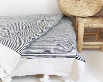 Moroccan Blanket POM POM Cotton - Black stripes