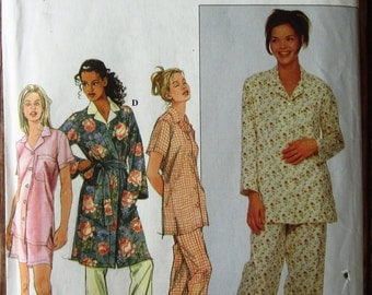 Misses Pajamas and Robe Sizes XS S M Simplicity Pattern 8905 UNCUT