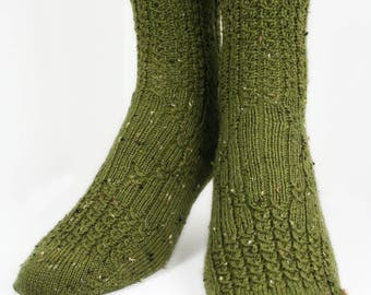 KNITTING PATTERN for  Mock Cable Diamond Socks - Sock pattern - Charted pattern - digital download - Cable sock pattern