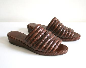 Woven Leather Sandals 7