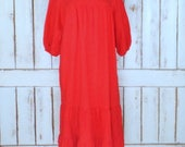 Vintage red orange gauzy cotton Mexican ruffle pullover caftan dress/muu muu sun dress/Appel