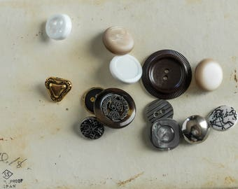 Mixed Lot of Vintage Plastic Metal Buttons Sewing Craft Supply Upcycle Repurpose Jewelry Brass