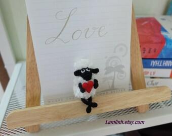 mini crochet  dollhouse miniature sheep and micro heart - mini amigurumi sheep - micro stuffed animal