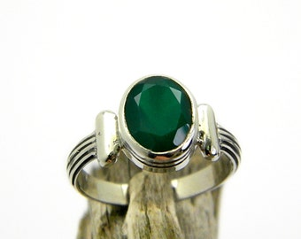 Green onyx ring sterling silver green jewelry, handmade artisan green stone ring size 7, gift for her greek style jewelry
