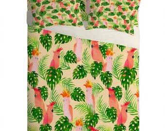 Major Mitchell tropical parrots kids bedroom lightweight sheet set, pink birds cute cool trendy kids bedroom, green cream red pink bed decor