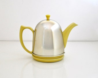 Vintage Yellow Hall Insulated Teapot