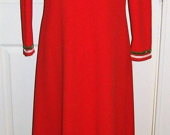 Vintage 1960s Ladies Red Empire Waist Maxi Dress Medium Mod Hippie Chic Only 15 USD