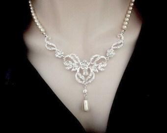 Pearl necklace ~ Brides necklace ~ Crystal necklace ~ Swirl pendant ~ Swarovski pearls ~ Statement necklace ~ Elegant ~ Rachel
