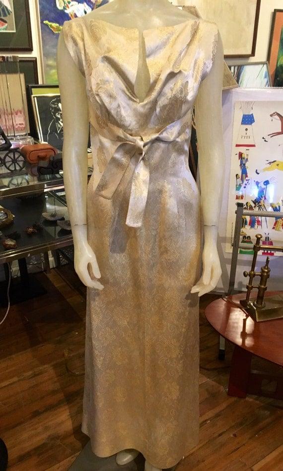 Vintage 1960s Long Beige and Gold Brocade Lame Dress Size Sm/Med