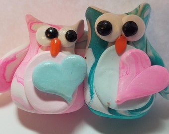 Polymer clay owls with hearts, hearts that can be personalized, whimsical love owls, polymer clay, gift of love,