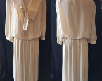 Mod retro sailor dress creme with lace accent waist pinch pleat dress 1980 large