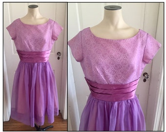 Vintage 1960s Purple Lavender Sort Sleeve Tea Length Formal Dress Lace 6 8