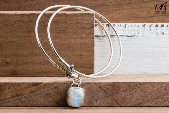 Blue Rainbow Moonstone Gemstone Bangle Bracelet in Sterling Silver