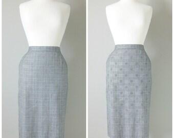Vintage HOUNDSTOOTH PRINT MIDI Skirt/size Medium