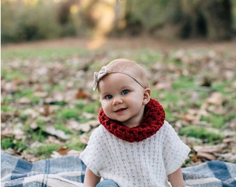 Baby Valentine's Day Outfit . Baby Knit Cowl . Red Toddler Cowl Winter Scarf . Baby Holiday Outfit . Red Girl's Scarf - Red Girl's Cowl