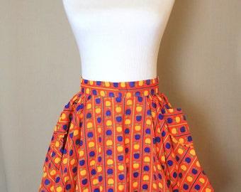 Vintage HALF APRON .. Womens Apron, Orange Blue Yellow Kitchen Apron, Cotton Vintage Apron, Apple Print Cotton Apron, Retro, SammieDoos USA