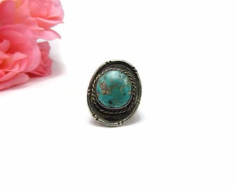 Old Pawn Silver and Turquoise Ring Size 8  1/2