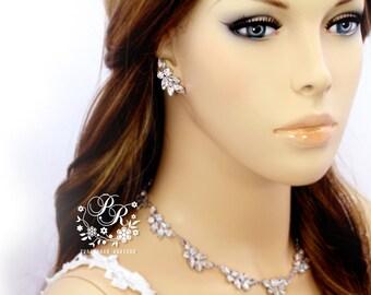 Wedding Earrings Rhinestones Earrings Wedding Jewelry Bridal earrings Bridesmaid Earrings Wedding Accessory Nickel free ear posts daisy