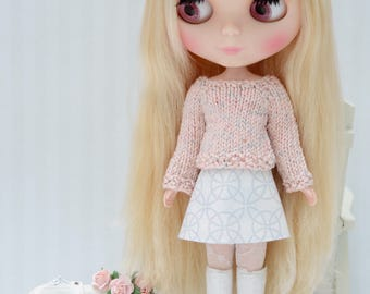 Pretty pastel pink and grey cotton jumper and reversible matching skirt for Blythe