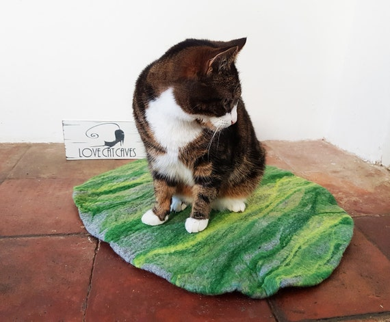 Cat Bed, Cat Mat, Pet Bed rug handmade 100% wool in grey and greens