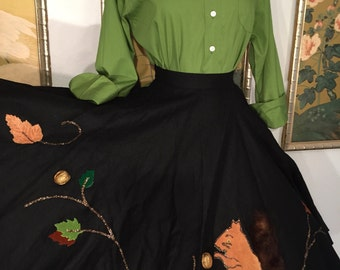 Adorable 1950s Novelty Felt Circle Skirt -- 3D Squirrel, Walnuts, Leaves and Glitter!