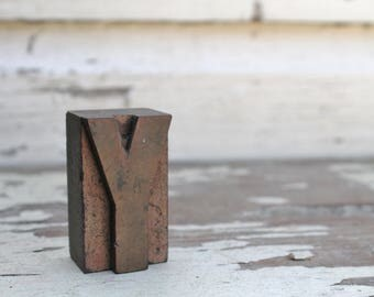 Vintage Letterpress Block Letter Wood Metal Farmhouse Decor Industrial Salvage Fixer Upper Decor Y