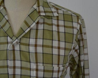 Vintage 1960s Green/White/Brown Loop Collar Shirt by Towncraft Size Small