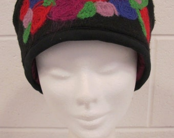 Black Rose Felted Cloche Hat, black felt cloche, vintage style hat, felted flowers, vintage style cloche hat, black hat with felted roses