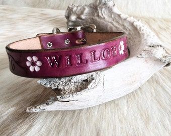 Customized with your pets name! Purple leather dog collar with white flower accents and your pet's name