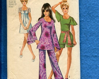 Vintage 1970 Simplicity 8783 Mini Dress or Tunic with Scoop Neckline and Wizard Sleeve Option Pant & Shorts too Size 14