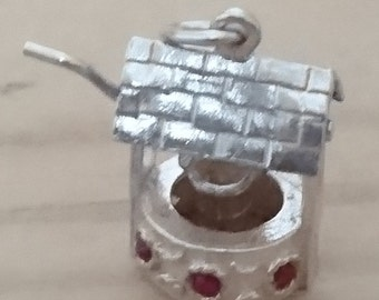 Vintage sterling silver wishing well charm